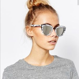 Quay My Girl Marble Sunglasses